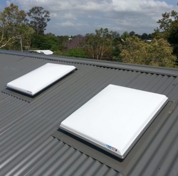Acrylic Opal Dome Residential Skylights for Corrugated Iron Roofs